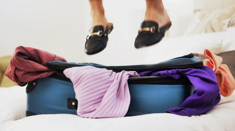 """""""Stress da bagagli"""" riflessioni della scrittrice Cristina Alessandro."""